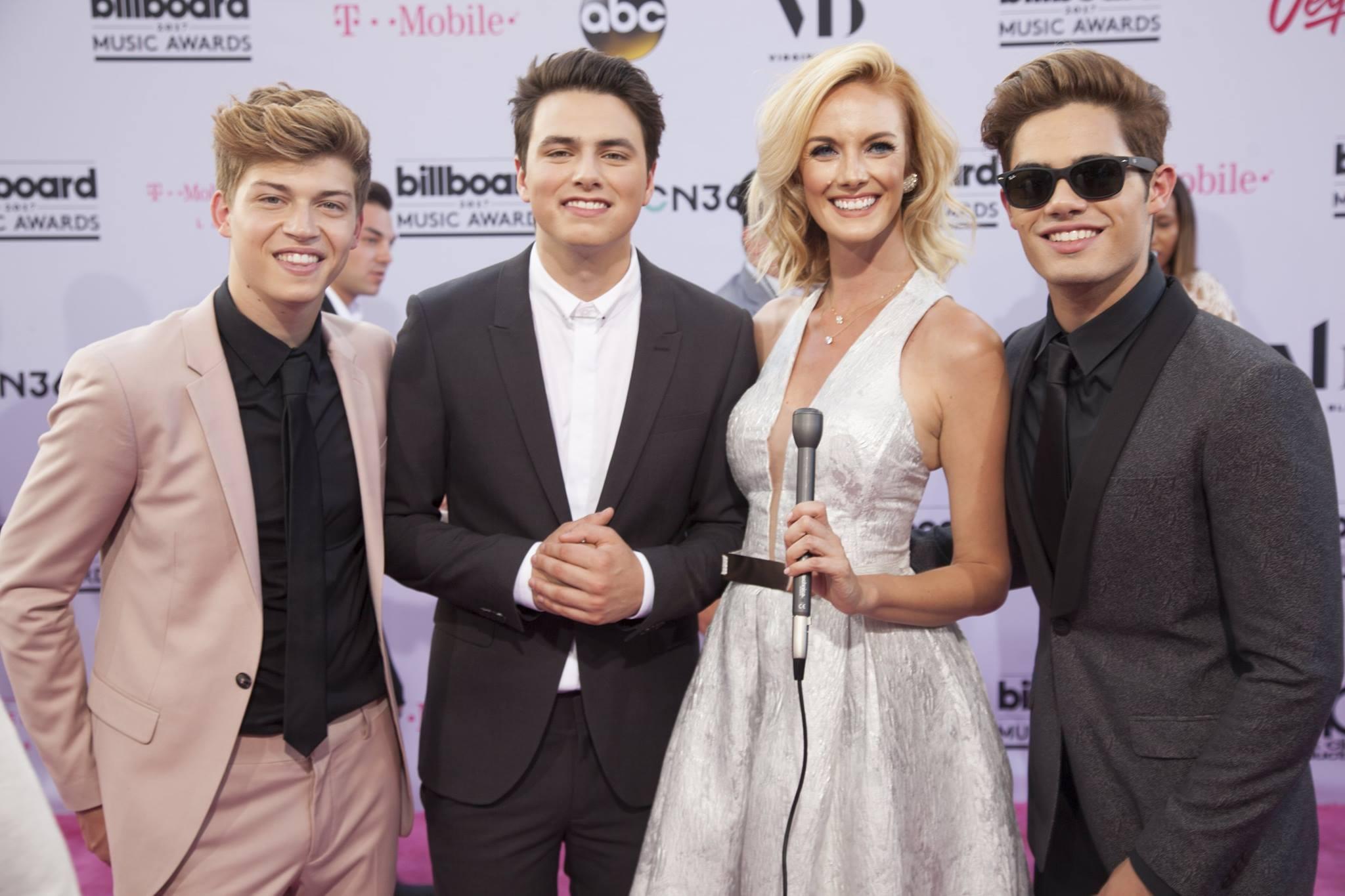 DLXVRSN-Media-Billboard-Music-Awards6